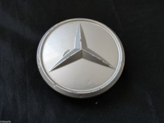 Mercedes Benz 3 1 8 Center Cap 107 40000 25 Silver Plastic OEM