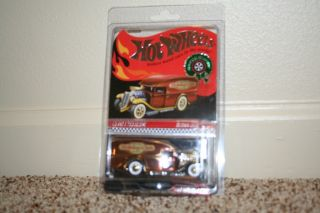 Hot Wheels Red Line Club 2012 Holiday Car Blown Delivery RLC Exclusive