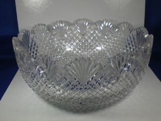 Brilliant Clear Cut Glass Bowl 8 1 8 Fan Rim Cross Cut