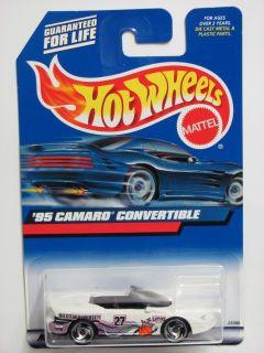 Hot Wheels 2000 95 Camaro Convertible 179 White