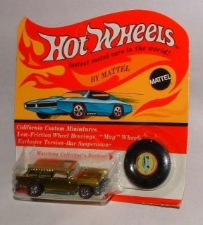 1970 HOT WHEELS RED LINE CLASSIC NOMAD YELLOW RARE PLASTIC BUTTON MINT