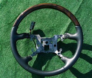 New 2009 Genuine GM Factory Cadillac DTS Wood Steering Wheel Wooden