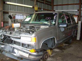99 Chevy Suburban 1000 Steering Column