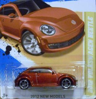 Hot Wheels 2012 Volkswagen Beetle HW Premiere 24 247 P Case New