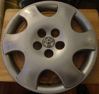 Corolla HUBCAP Wheel Cover 15 Rim Cap 2003 2004 61122 42621 AB050A OEM