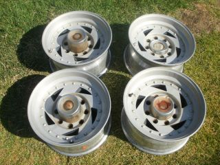 Lug 16 5 American Racing Wheels Old School Directional 16 5 x 8 25